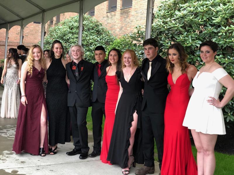 2019 Junior - Senior Prom Featured Photo