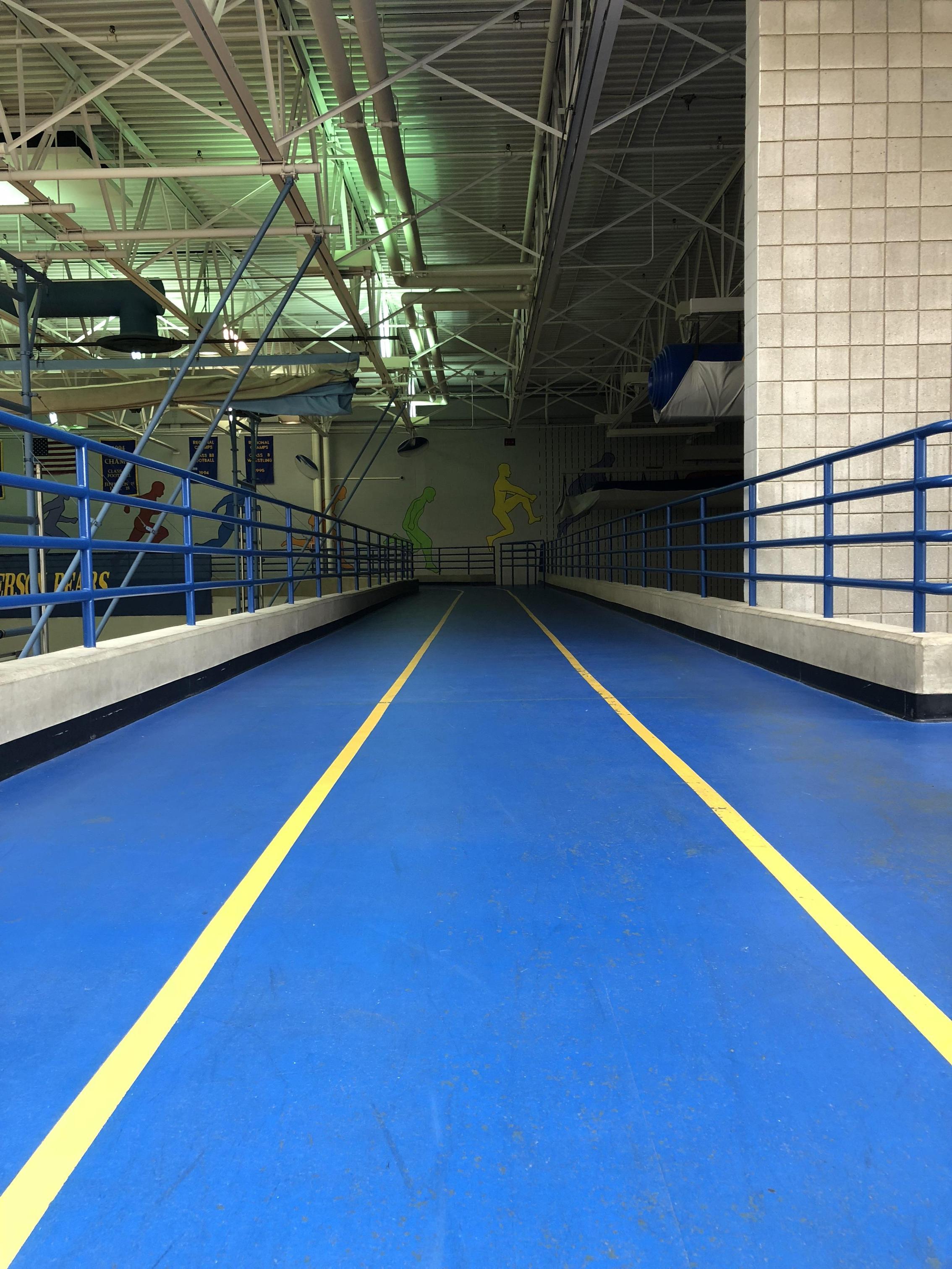 Elevated 3 lane track