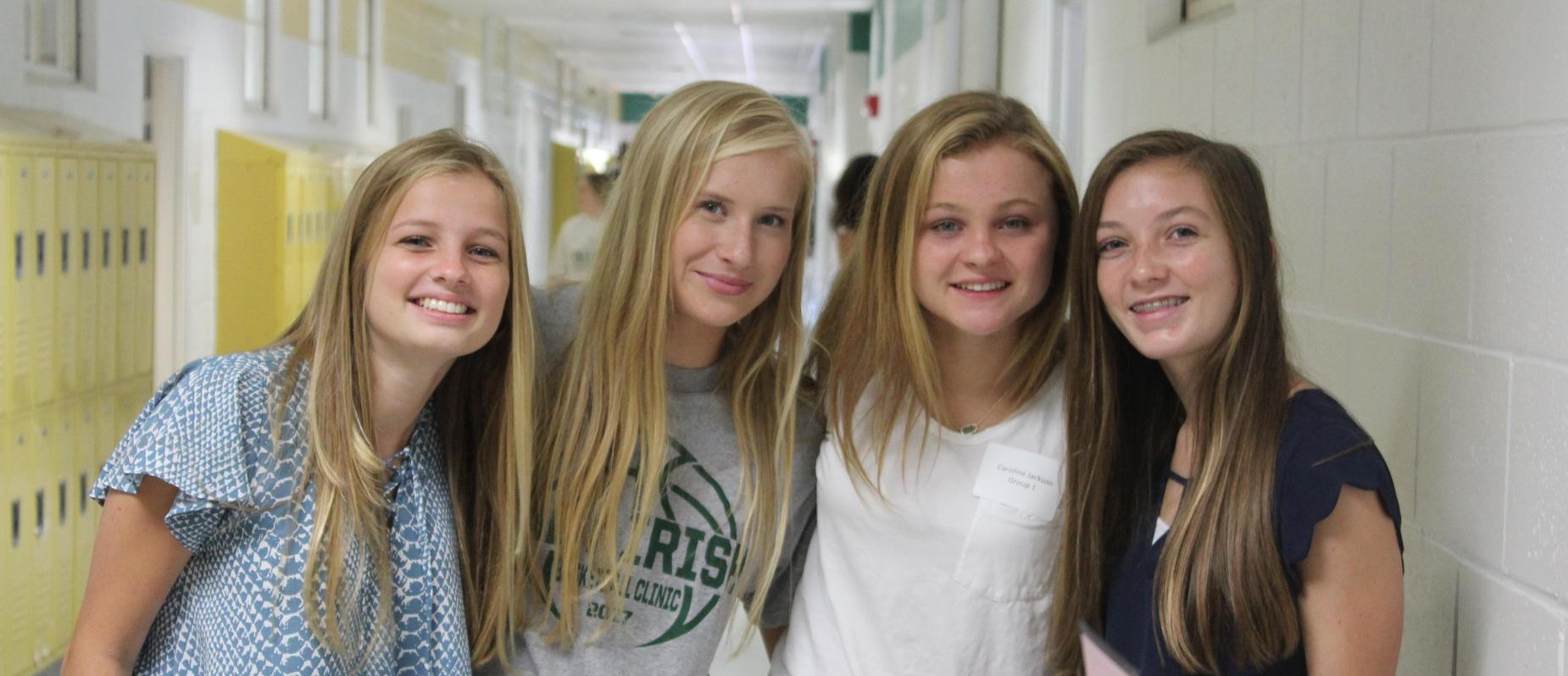 4 Girls at Orientation