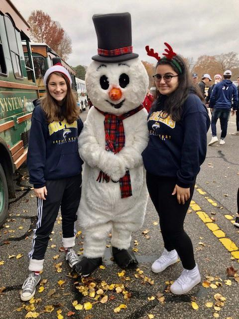 Sacred Heart LOVES a parade! Featured Photo