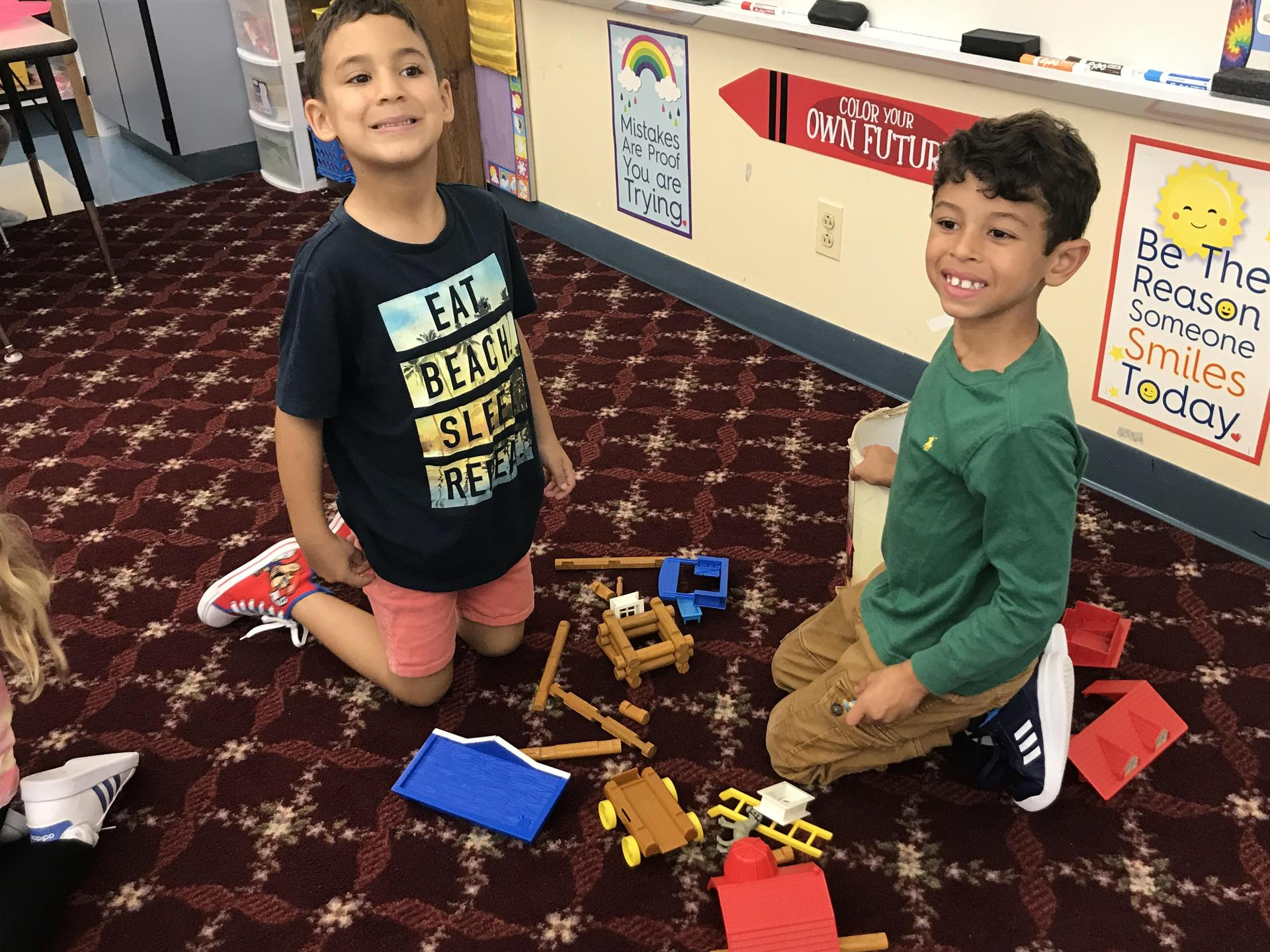 Creativity with Lincoln Logs
