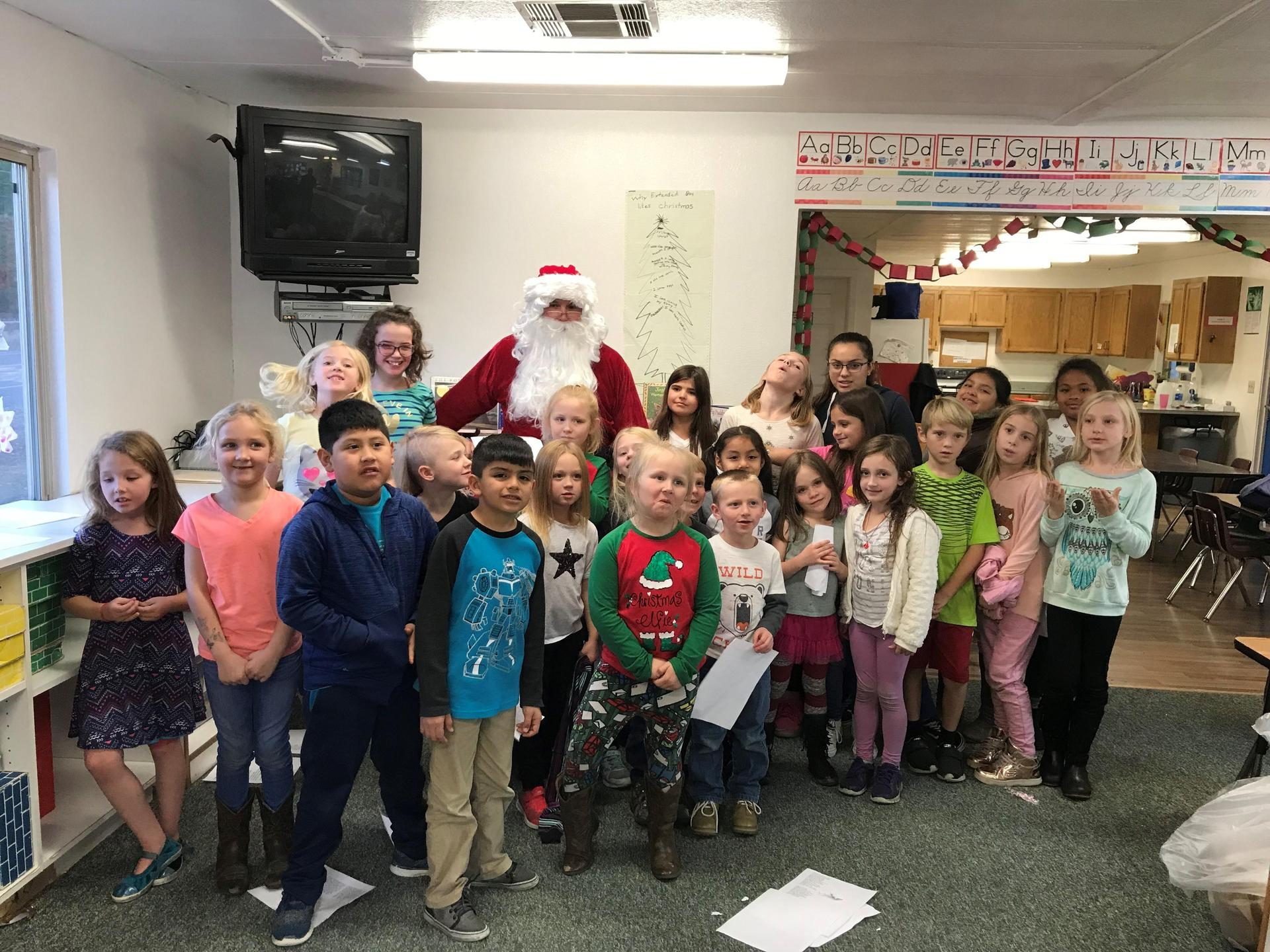 group photo with santa Michelson 2018