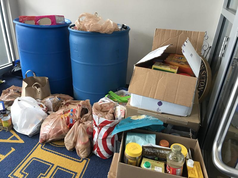 Seton Catholic, SW Washington schools collect food for our community! Featured Photo
