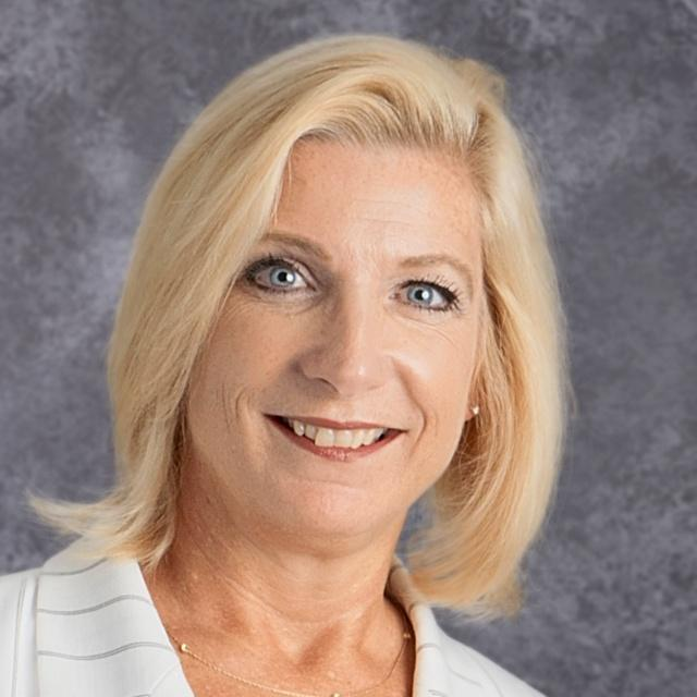 Karen Small's Profile Photo