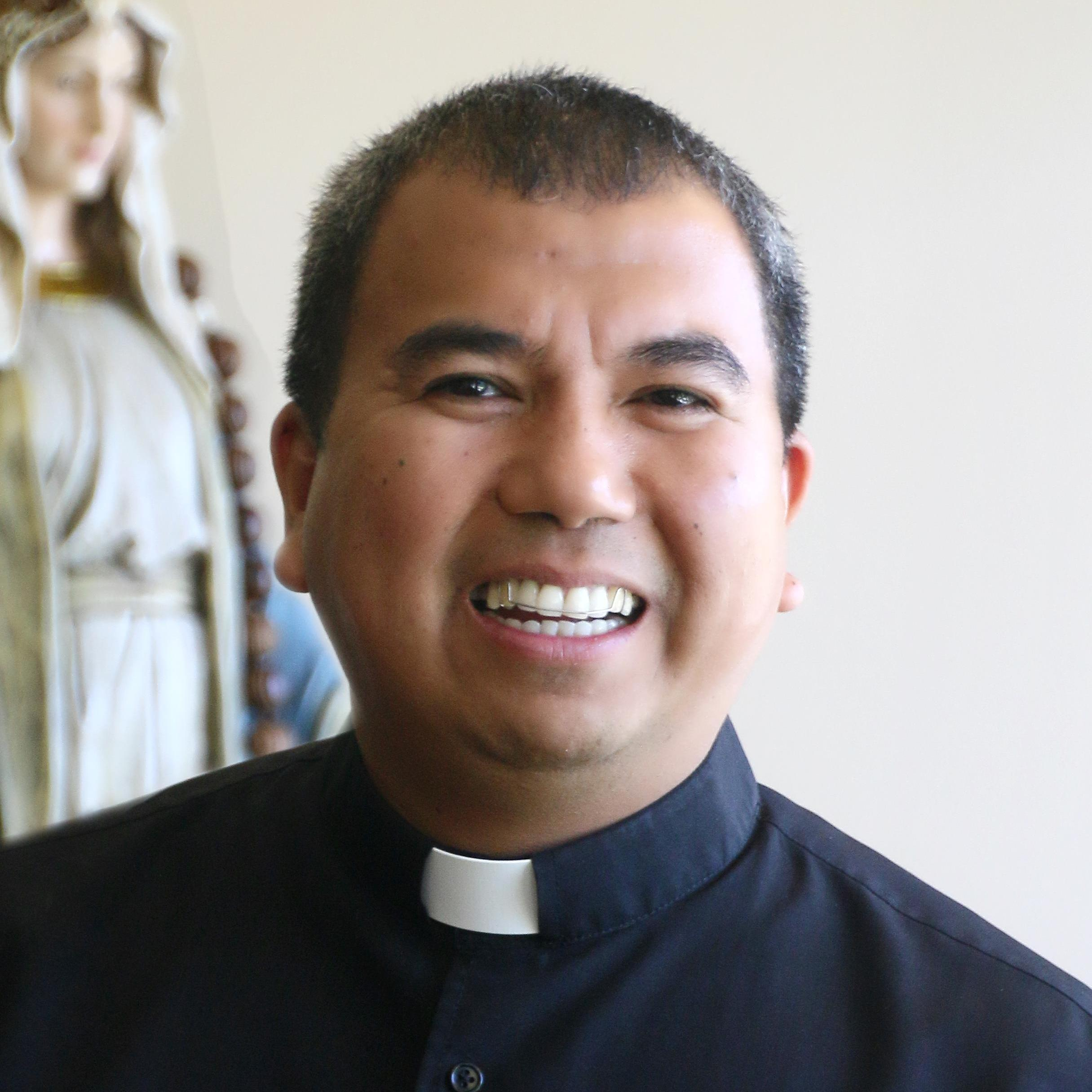 Fr. Ian Bustonera's Profile Photo