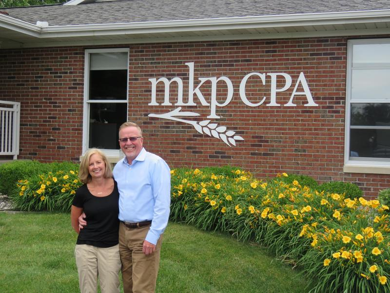 Scott and Debby McKeown are named the TAEF Hometown Heroes.