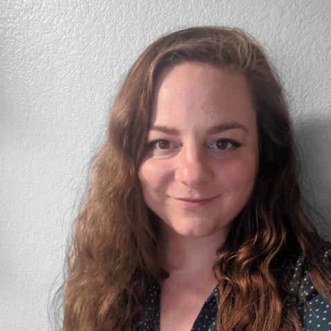Elizabeth Shmikler's Profile Photo