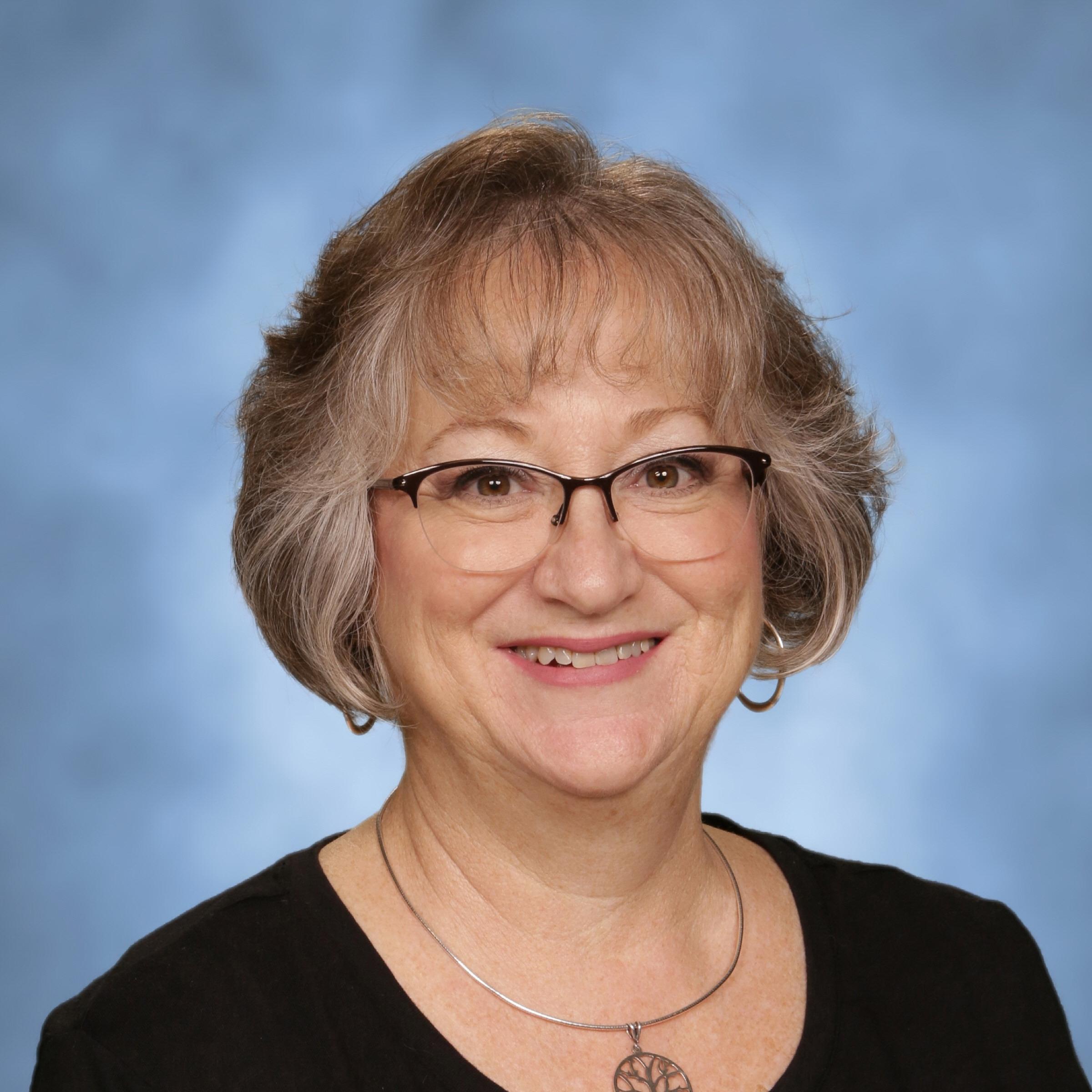 Lisa Barry's Profile Photo