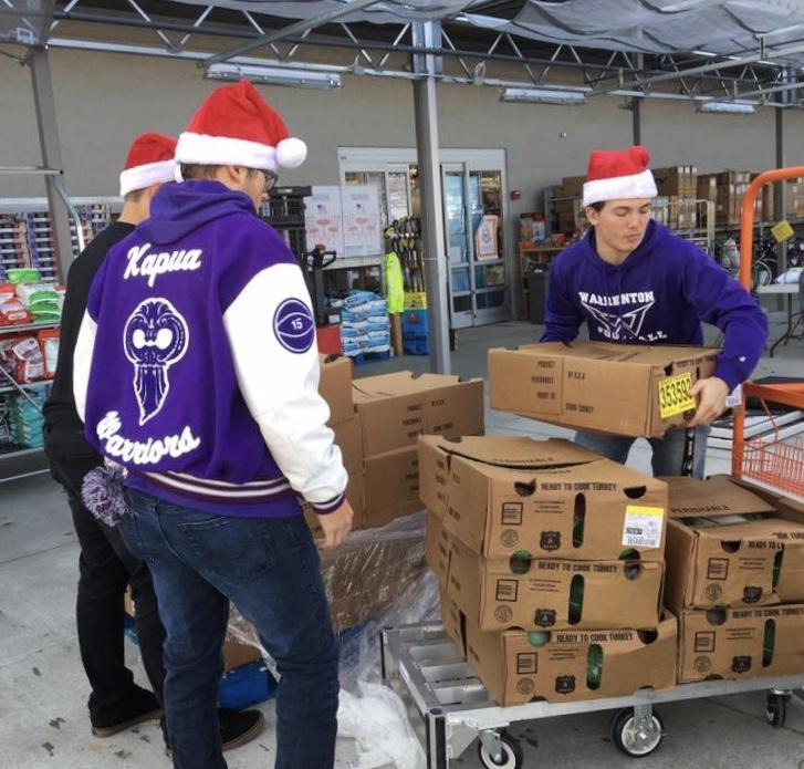 Students volunteering during holidays