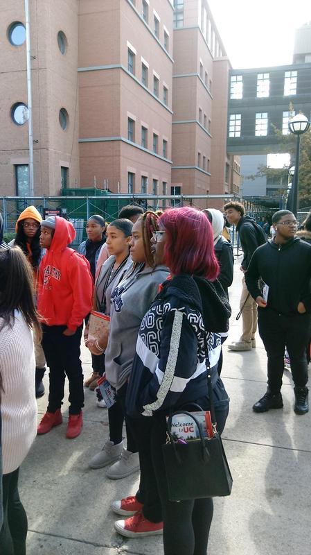 hs students visit UC