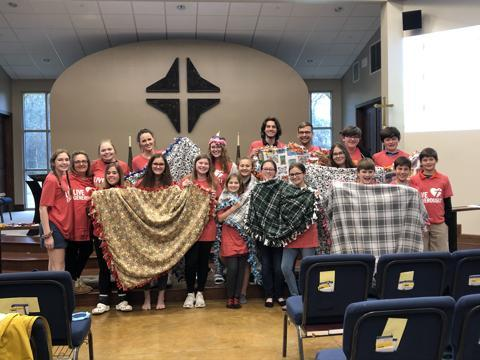 tie blanket service project