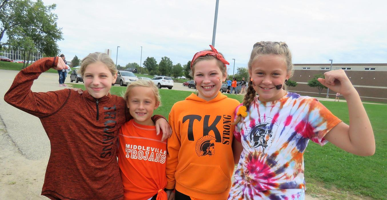 Page girls show off their TK pride before homecoming.