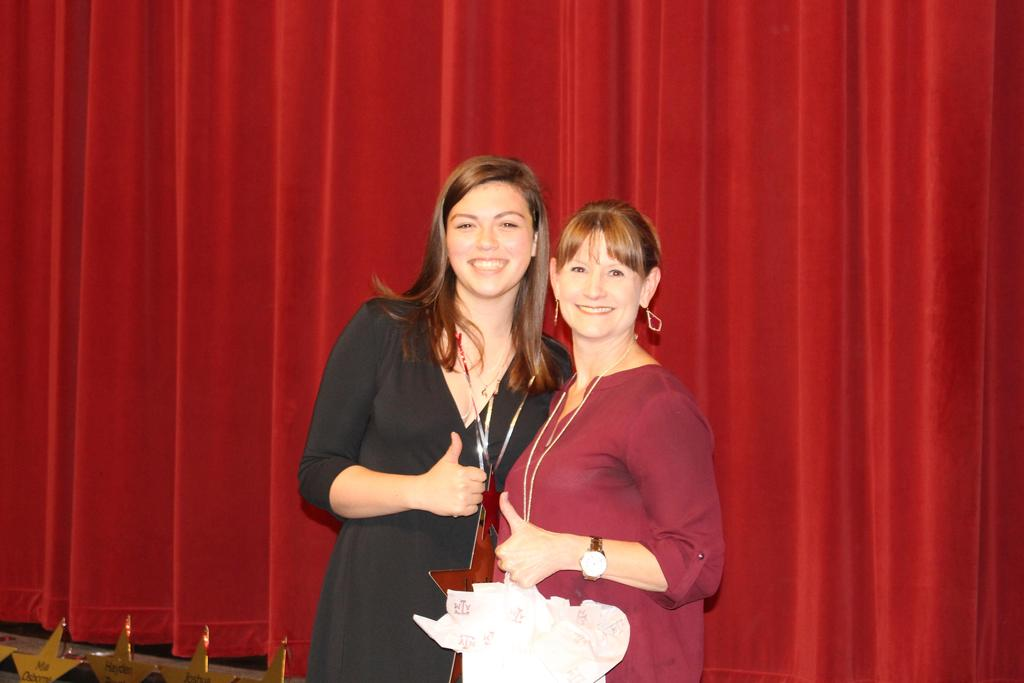 Hays County A&M University Mother's Club$500 Lindsey Walker with Presenter: Cheri Martin, Incoming Scholarship Chair, Hays County A&M University Mother's Club