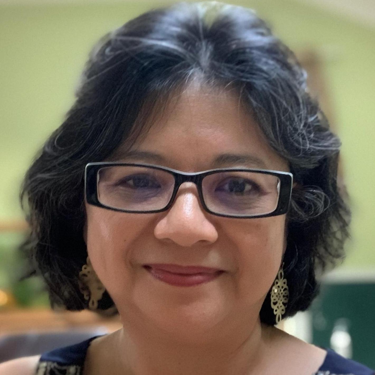 July Cyrwus's Profile Photo
