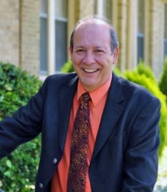 Dr. Del Bosque's Retirement Dinner this Saturday, May 18! Featured Photo