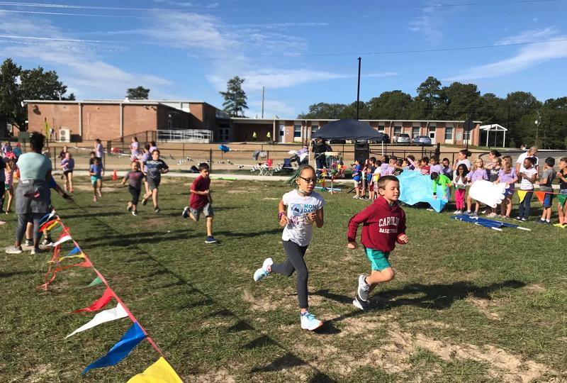 Students participate in the Fund Run