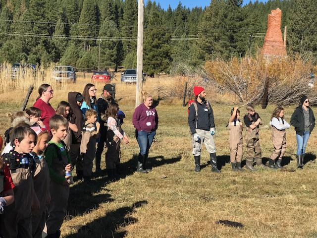 Students, teachers, and parents preparing to restore aquatic wetlands as part of the STRAW program (Students and Teachers Restoring Aquatic Wetlands).