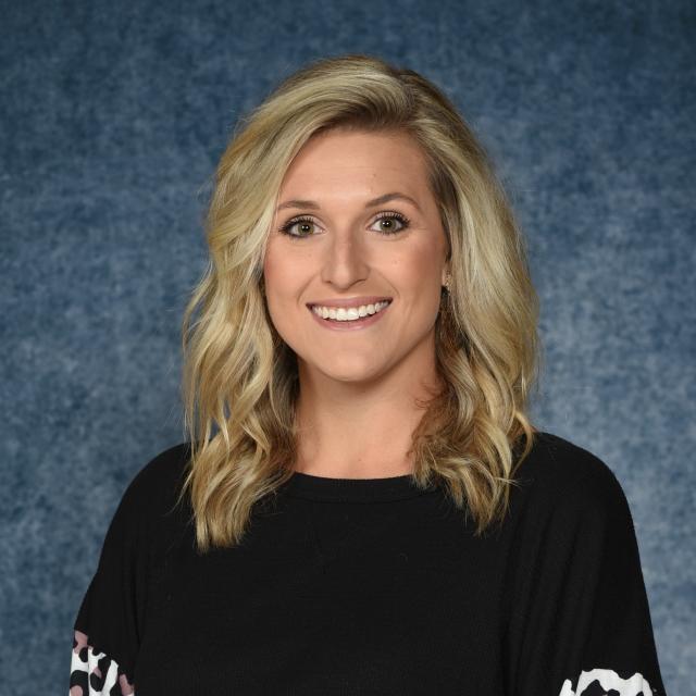 Elizabeth McLaughlin's Profile Photo