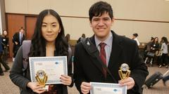 2 students with MUN awards