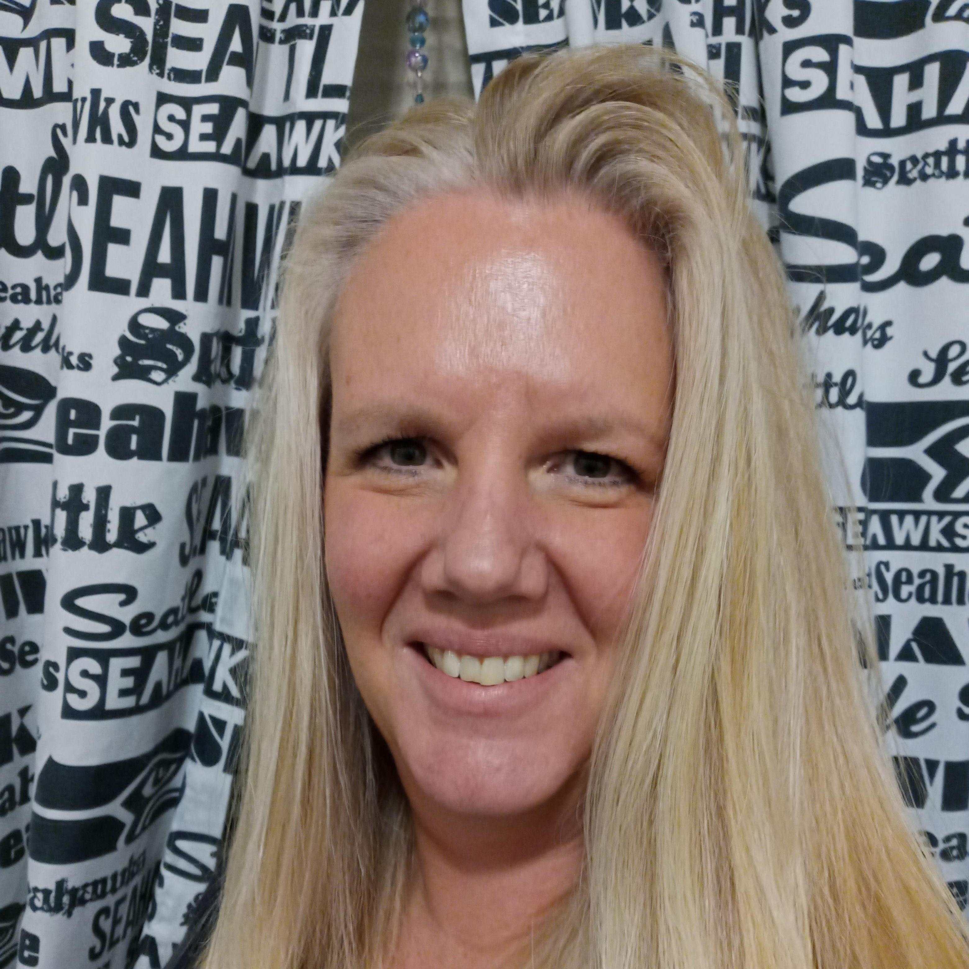 Lorie Parkinson's Profile Photo