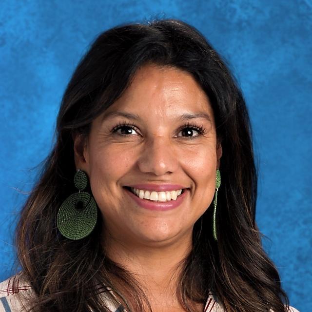 Yesenia Romo's Profile Photo