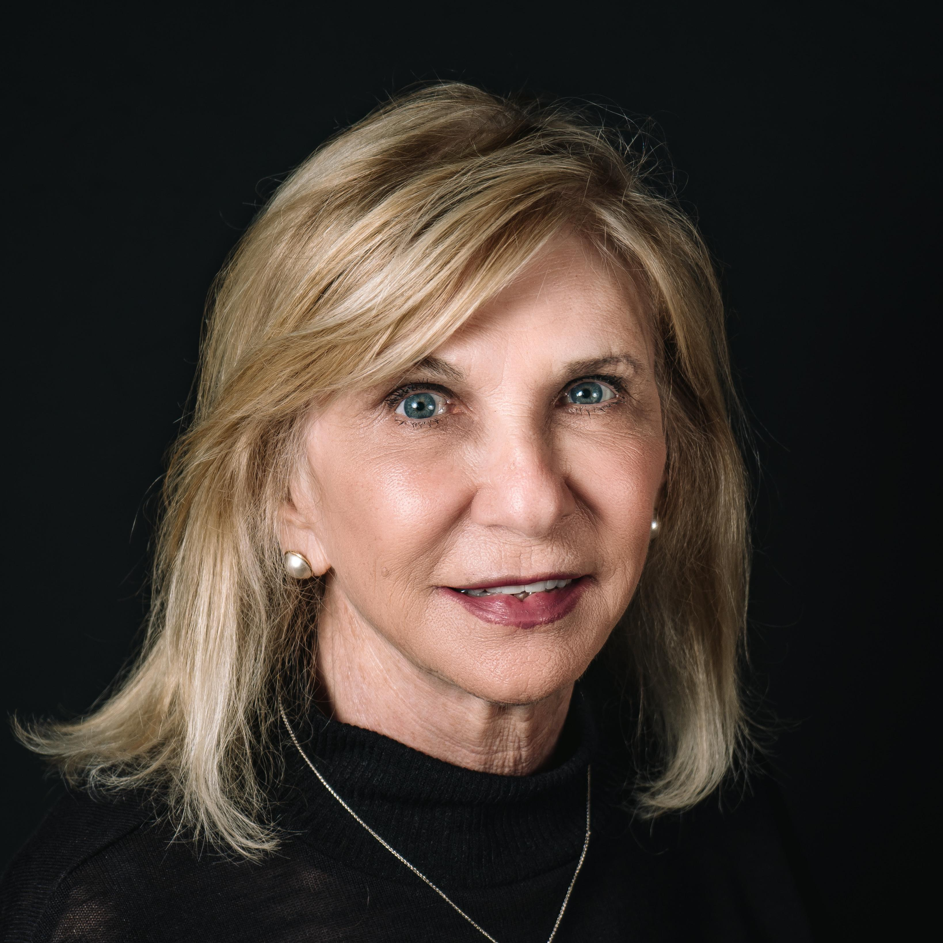 Glenda Lloyd's Profile Photo