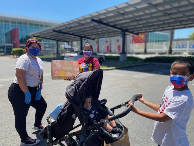 Lynwood Partners Educational Foundation joins partners to serve meals to families Featured Photo