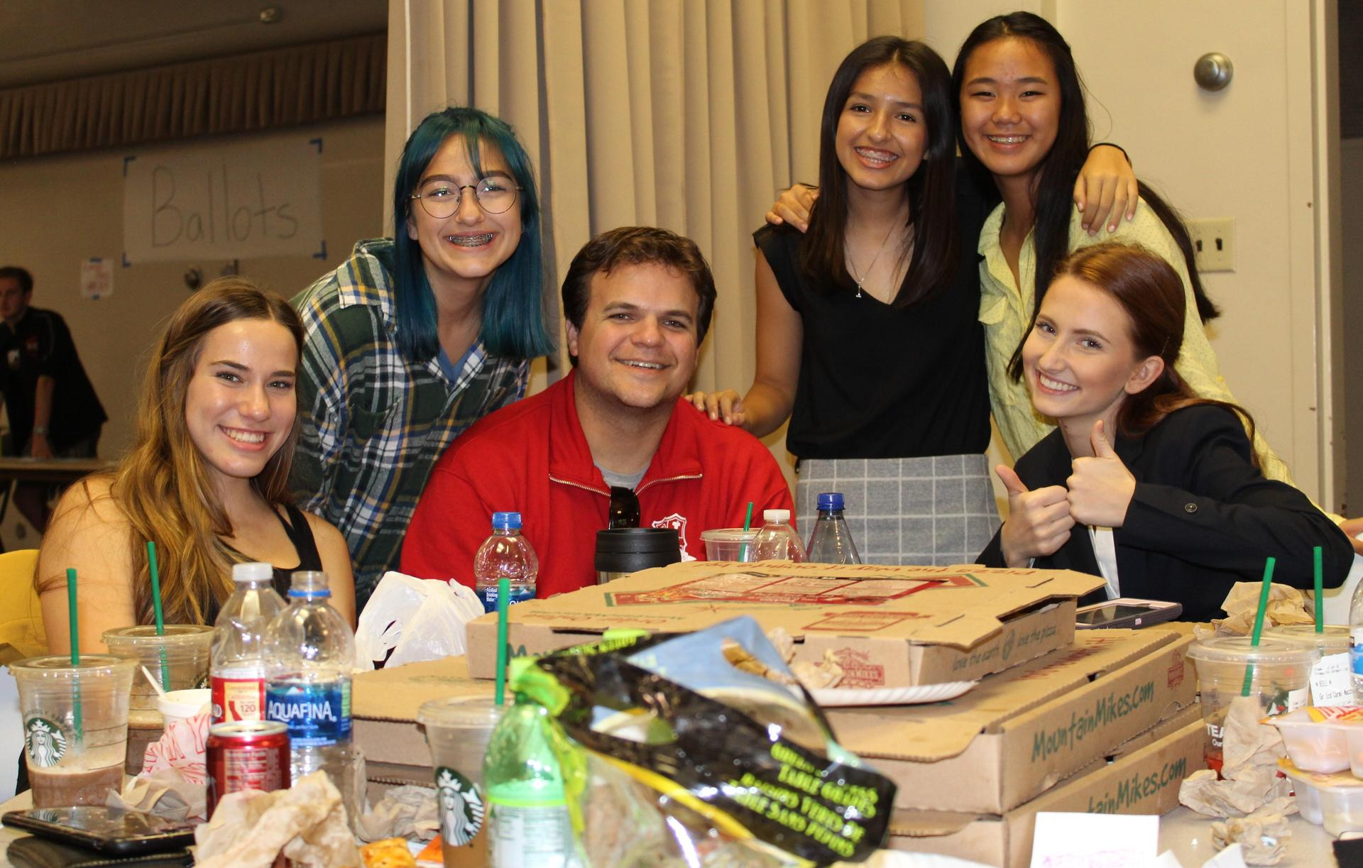 Speech and Debate students, faculty and parents at University of the Pacific