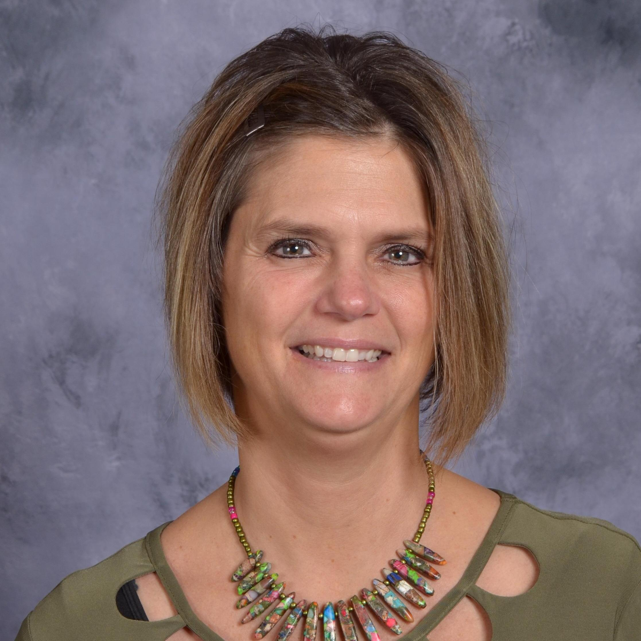 Ms. Julie  Moore`s profile picture