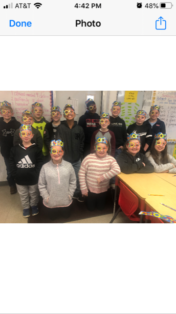 students celebrate 100 days of school