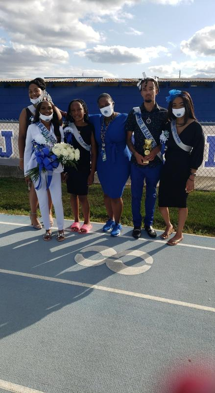 Homecoming Contestants and Sponsor, Ms. Taylor