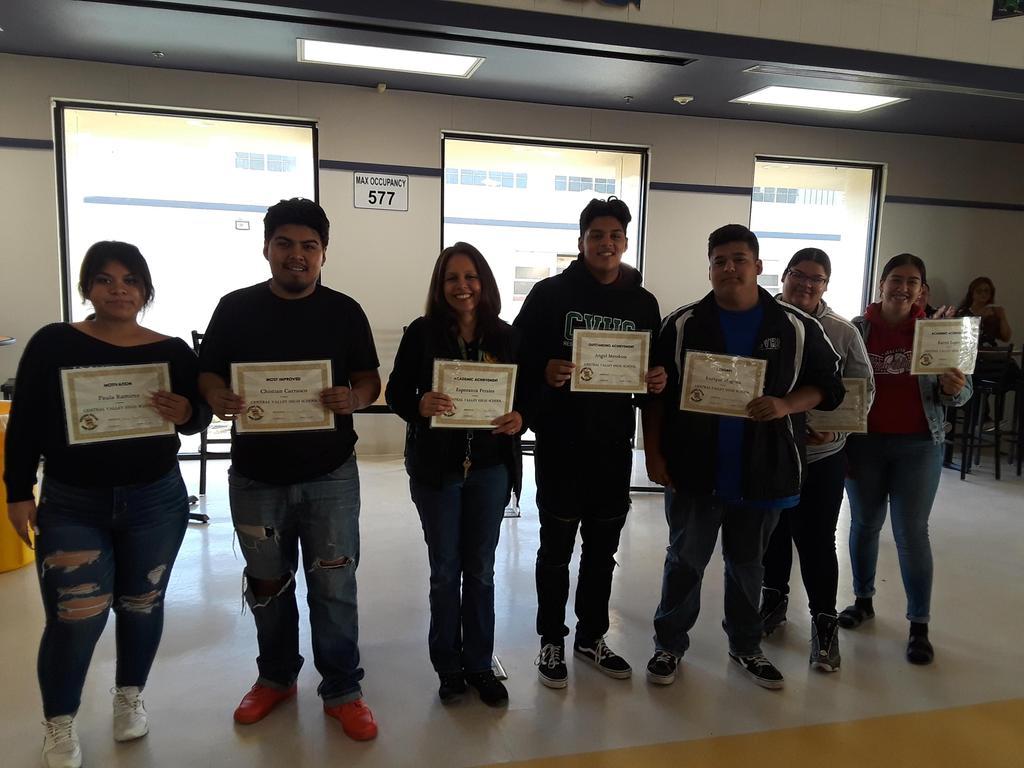 Mrs. Gonzalez's student's receive their awards