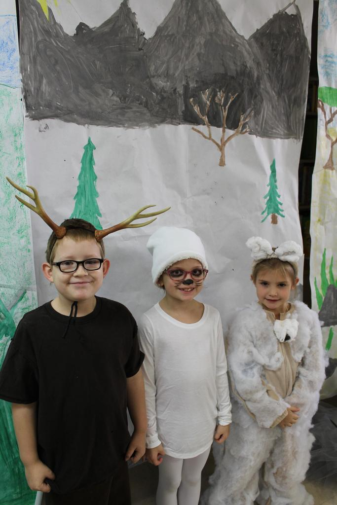 kids dressed as animals