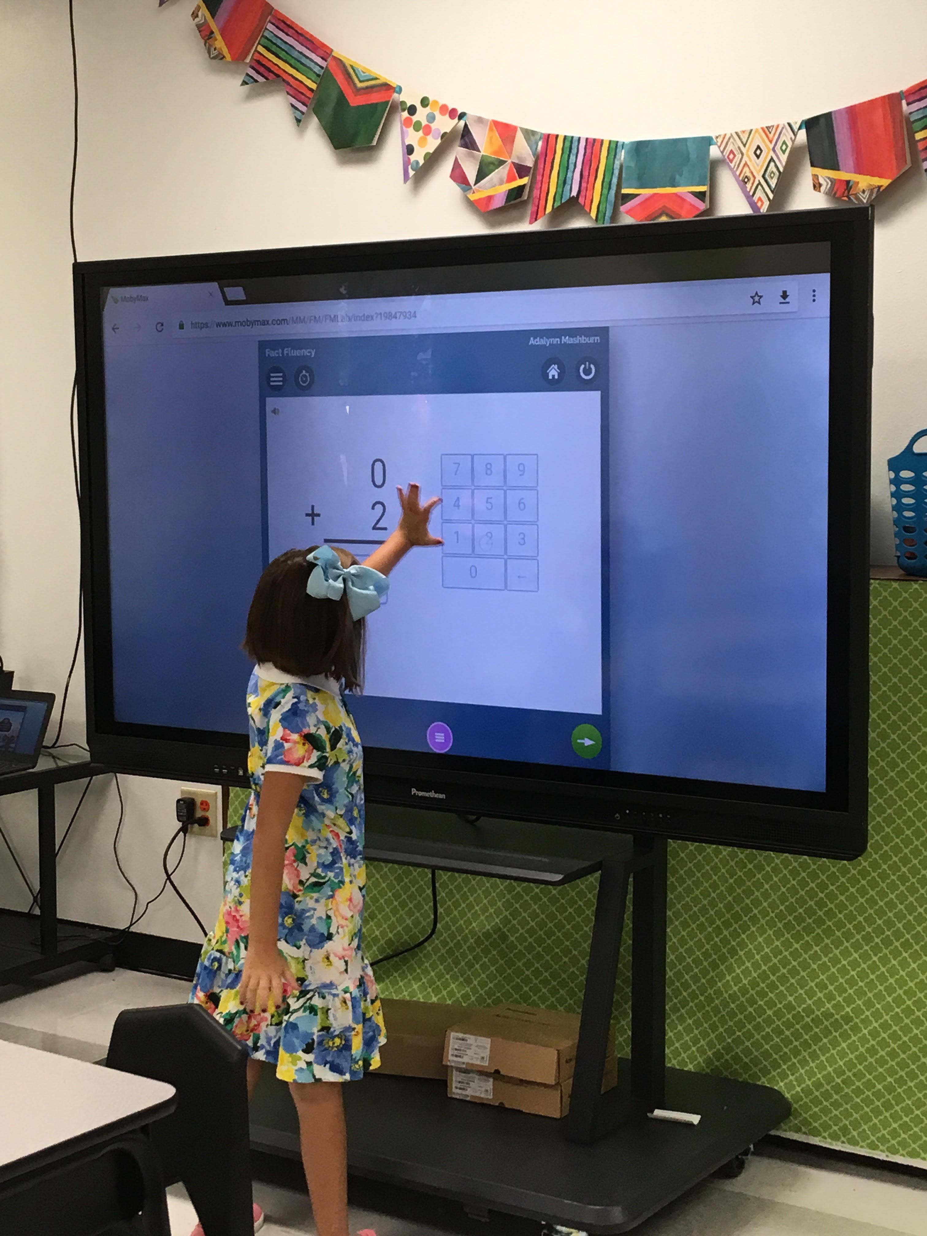 Students use new Promethean Board