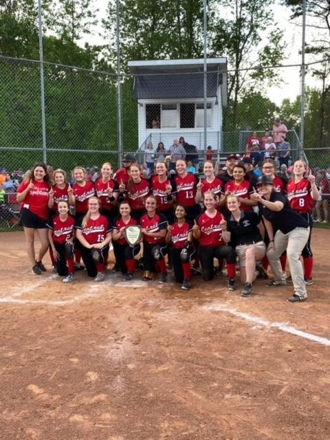 Picture of CDHS softball team