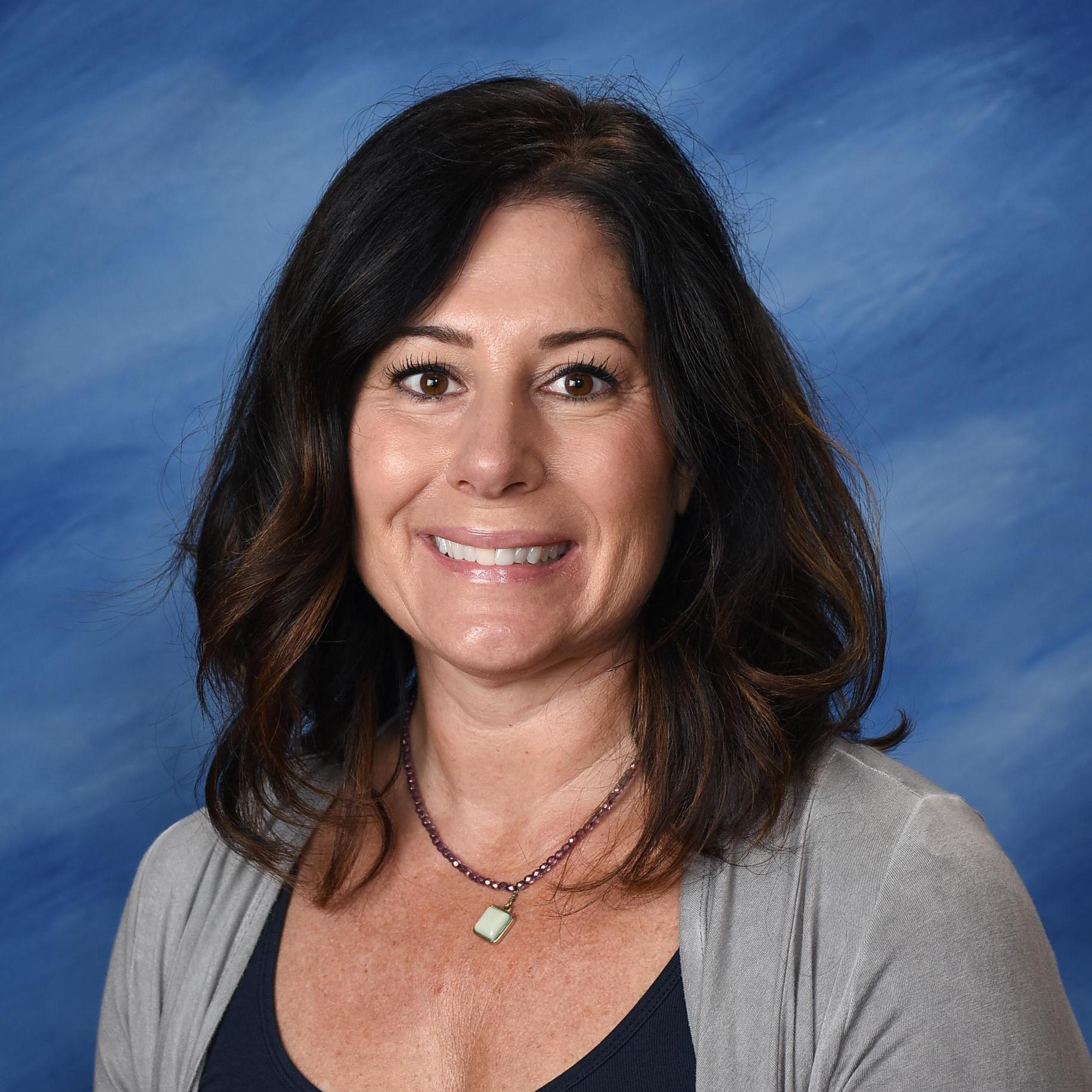 Suzie Whitman's Profile Photo