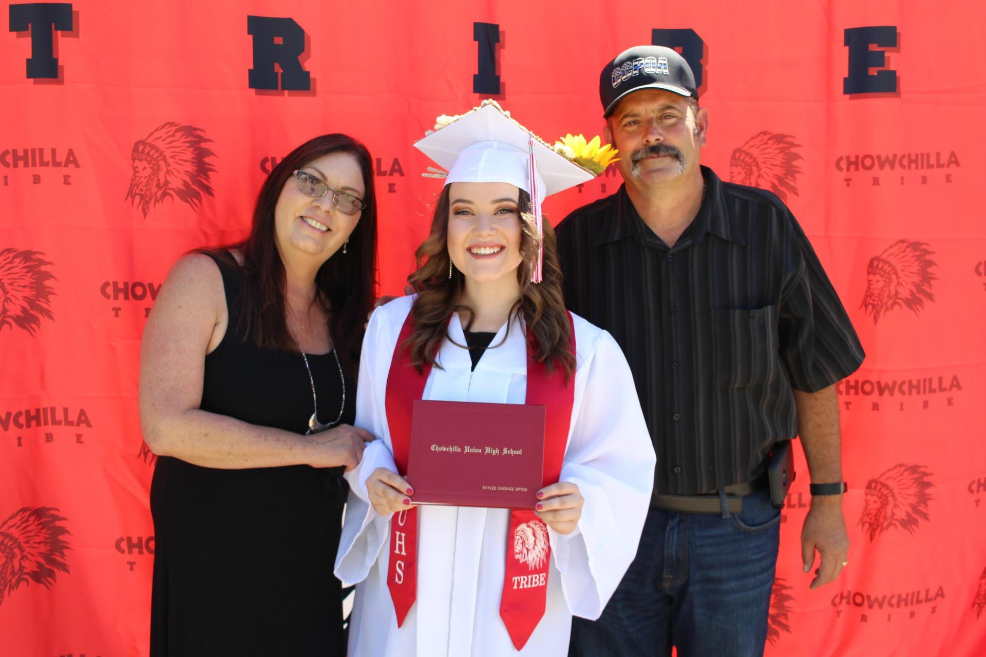 Skylee Upton and family