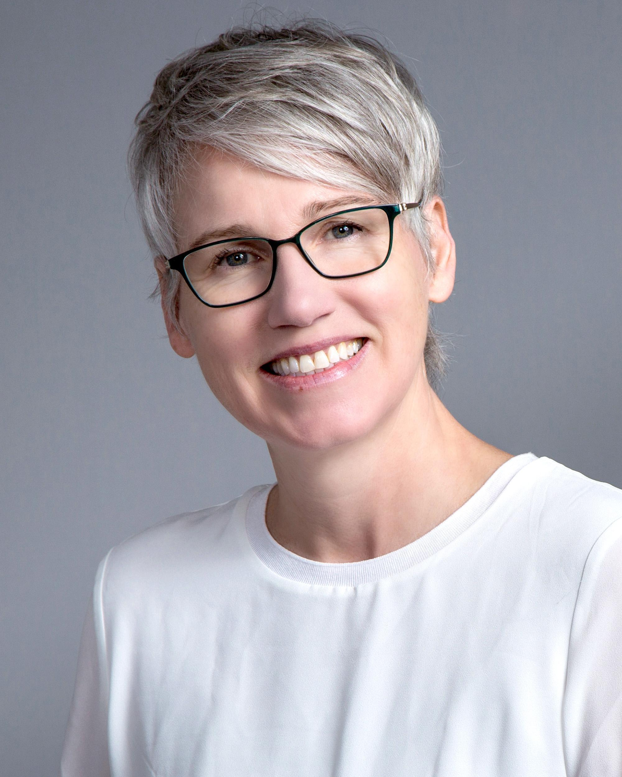 Portrait photo, Ann Ritchie