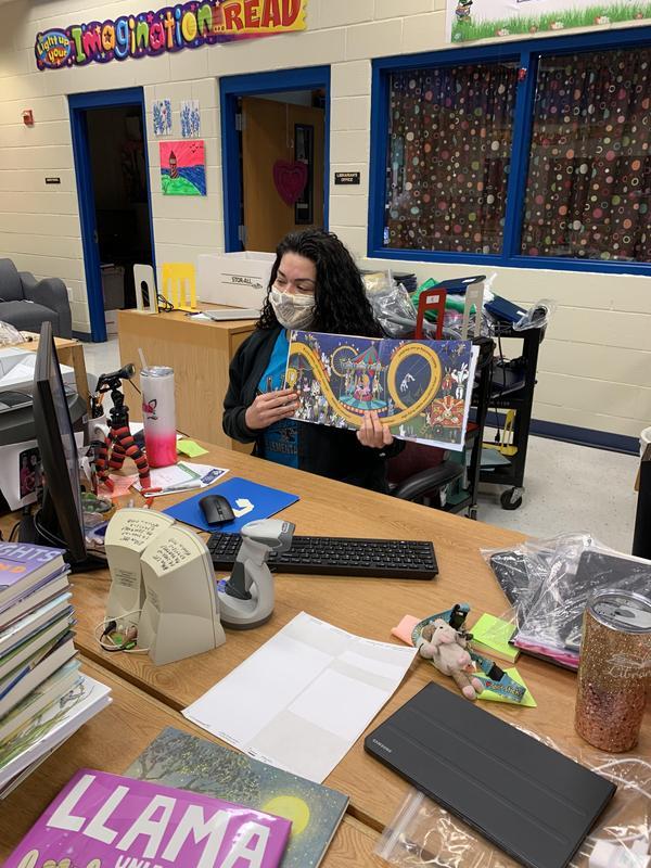 Alton Elementary Librarian- Ms. Yonia Martinez