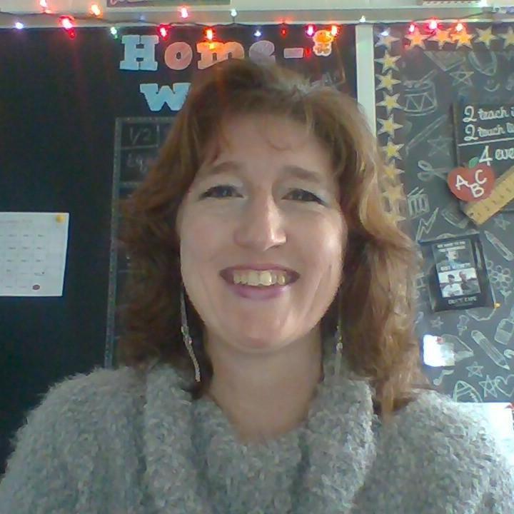 DAPHNE PUSEY's Profile Photo