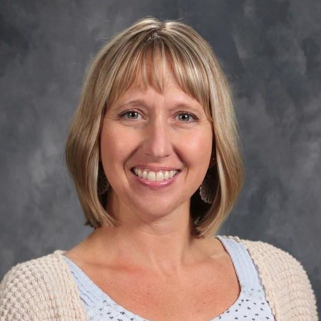 Sarah Hellinger's Profile Photo