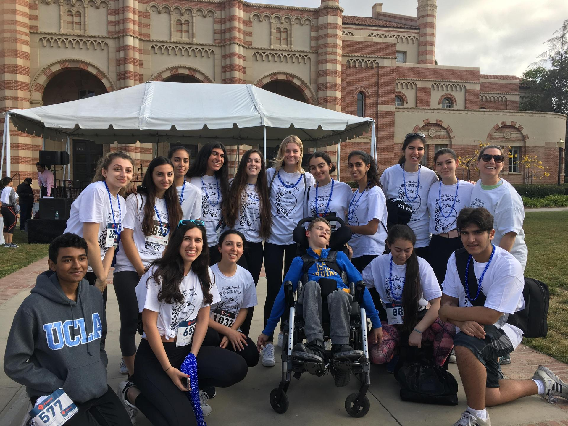 MSA students at Bruin's Run/Walk supporting Team Casey