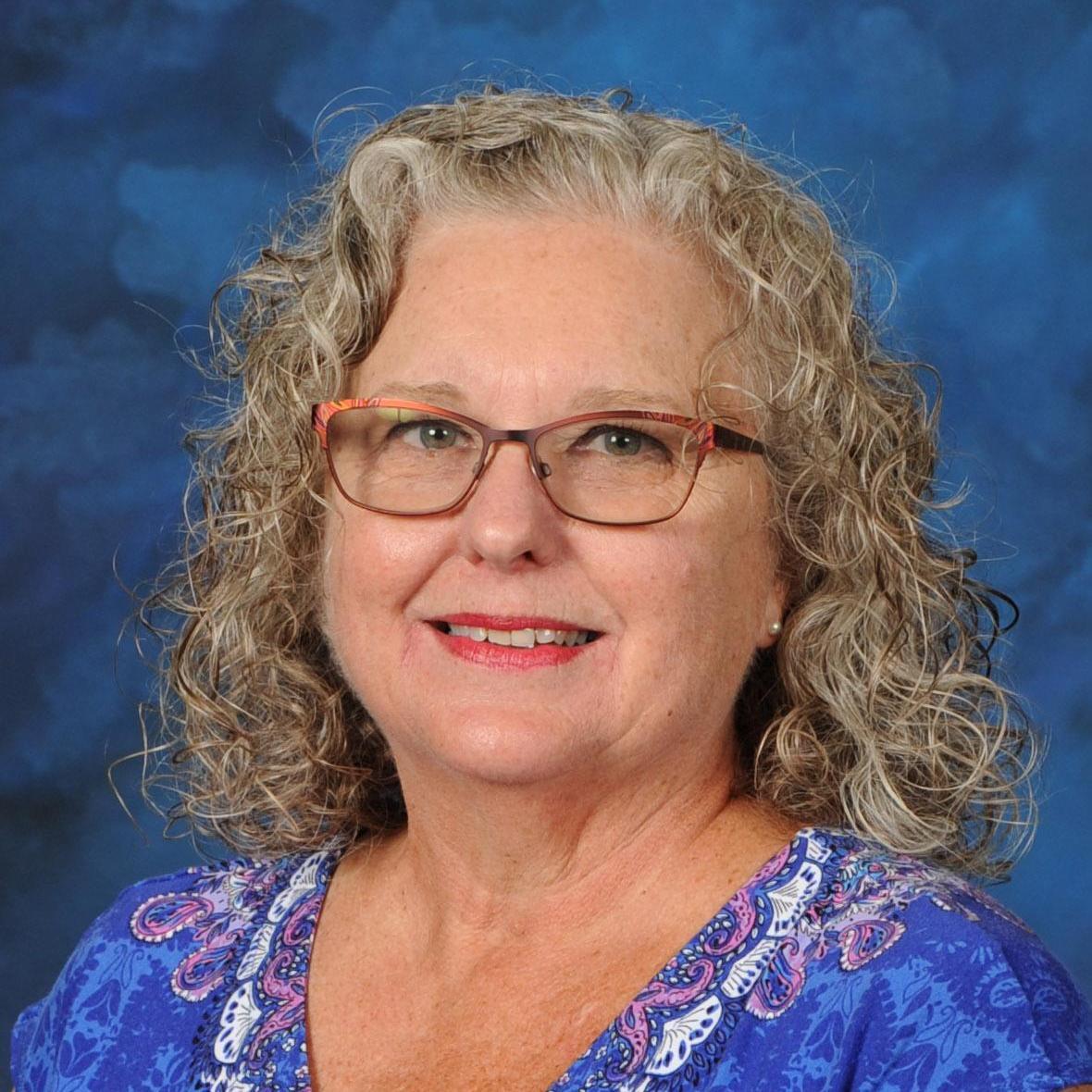 Julie Davis's Profile Photo