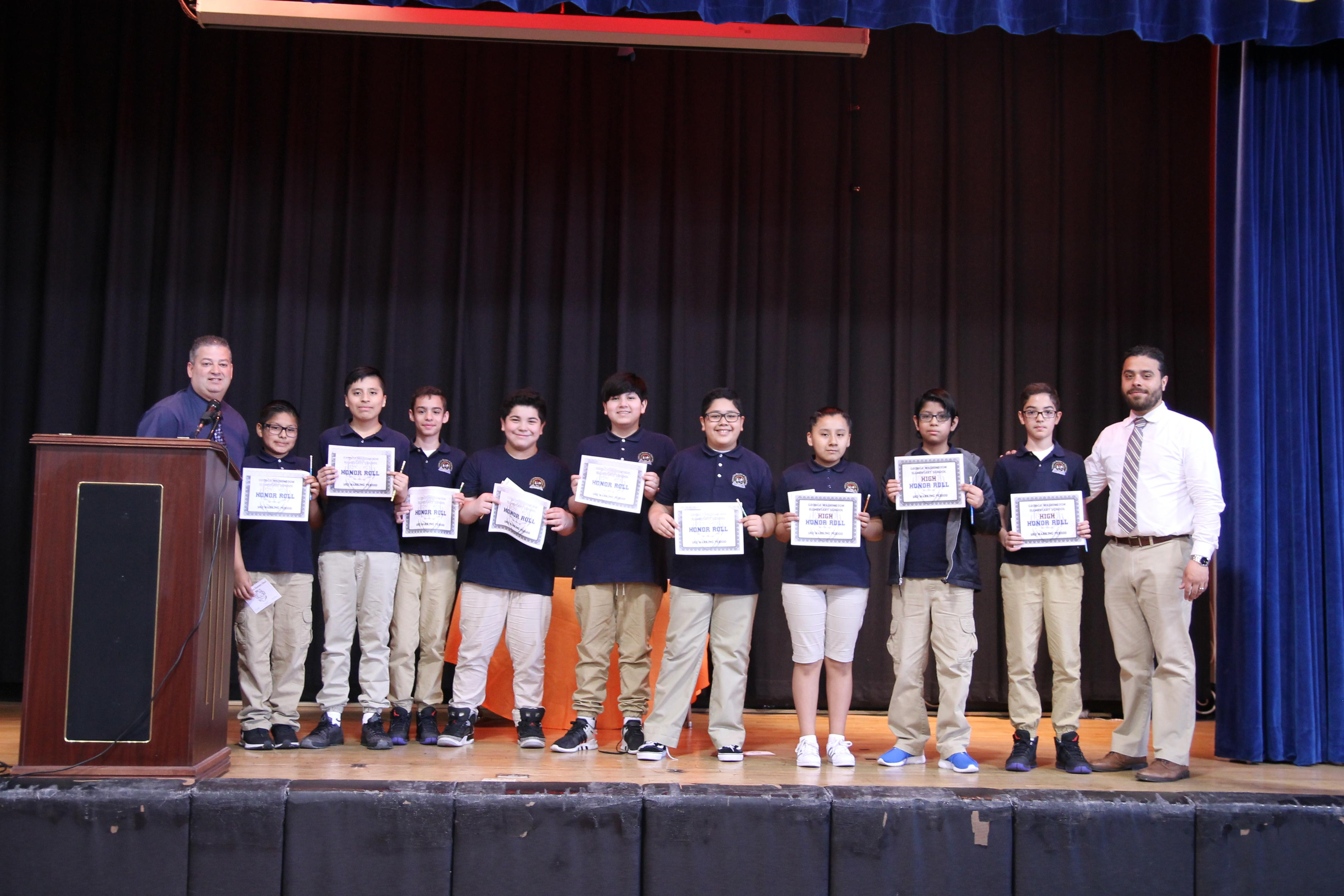 5th grade honor roll students