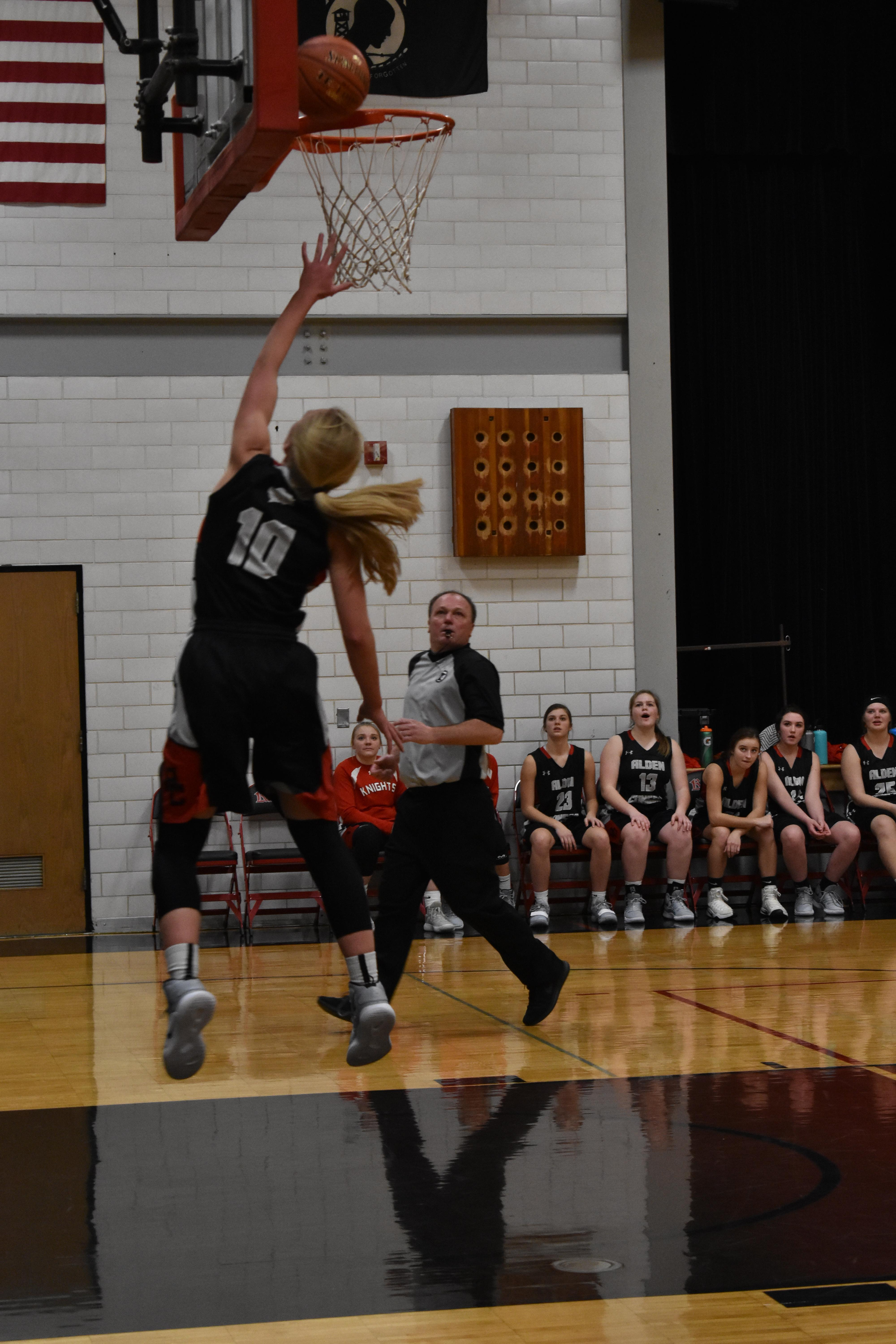Girls Basketball Layup