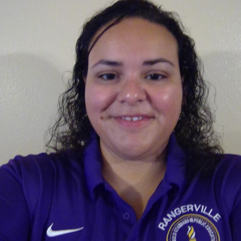 Eva Flores's Profile Photo