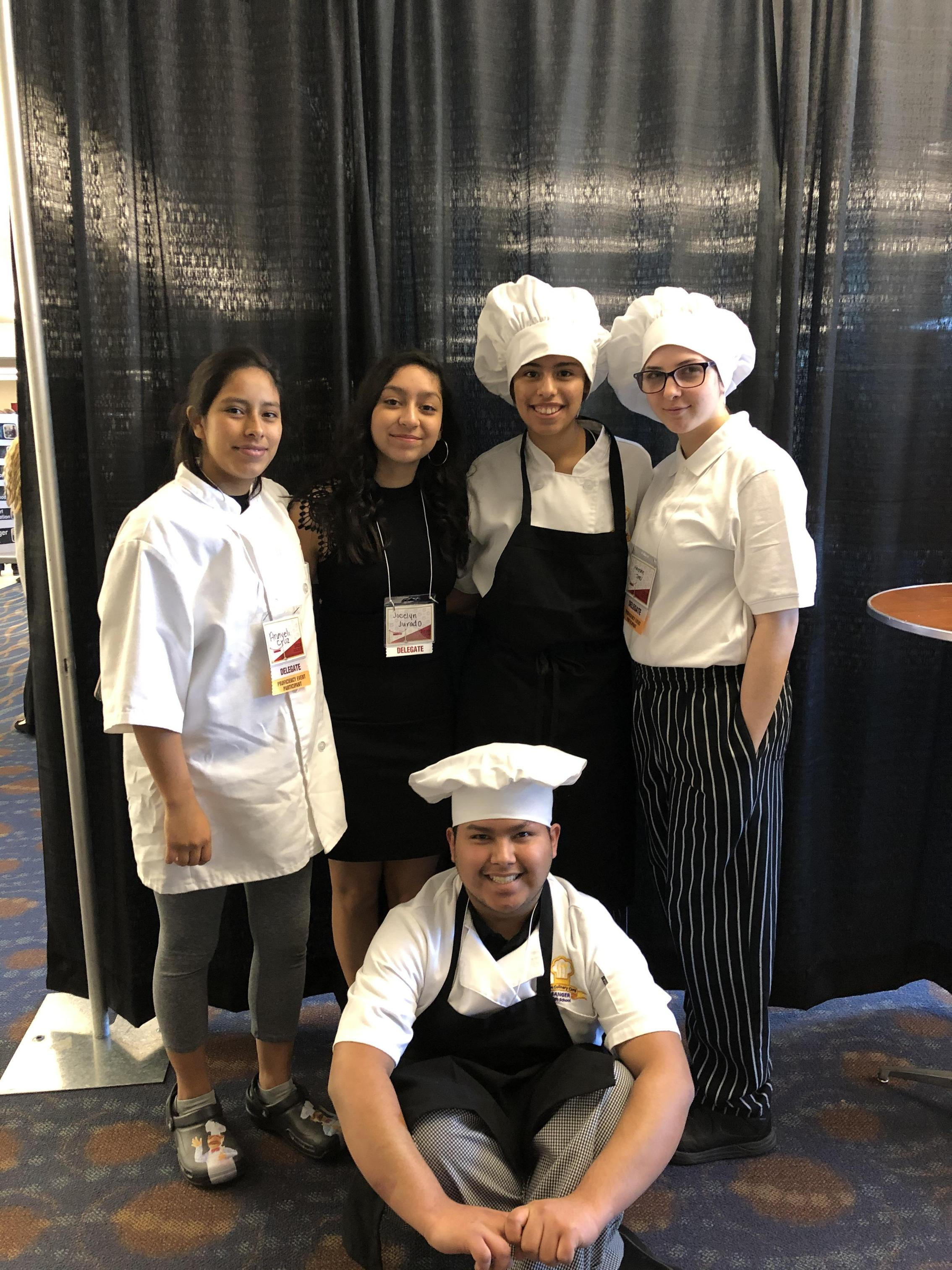 Cupcake Battle Competitors Anayeli Cruz, Jocelyn Jurado, Gabi Luna, Hannah Jones, and Jose Rodriguez