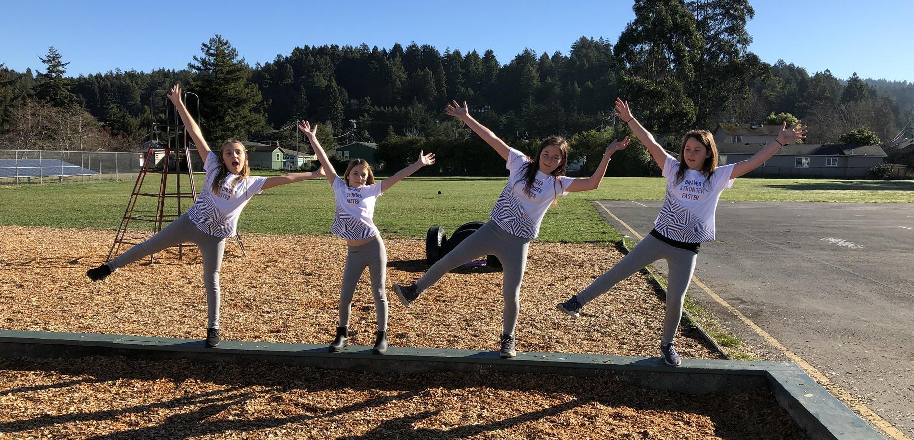 4 girls jumping