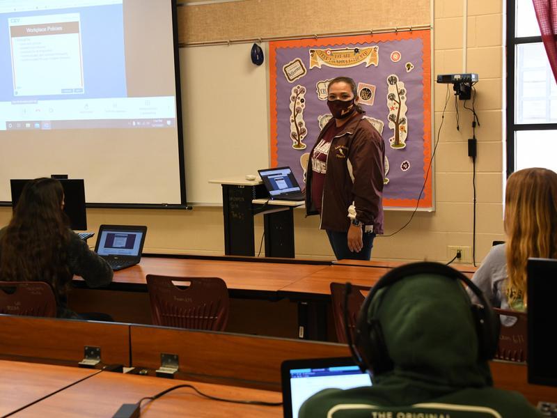 Melizza Garcia teaches class