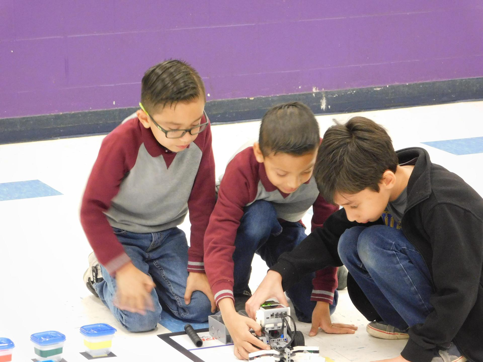 Sullivan Environmental Science Academy ACE Robotics